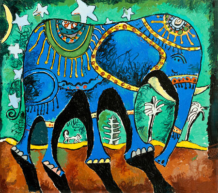 good s: Picture of an elephant who likes to walk under the moon