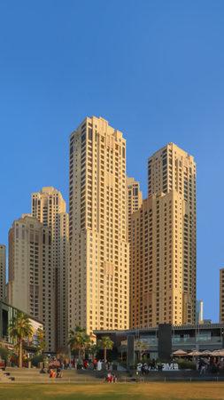Dubai, UAE December 252018 Dubai hotels at summer day. 新聞圖片