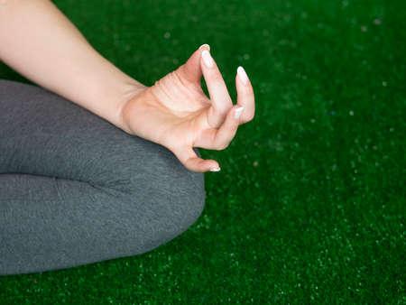 Close-up female hand zen gesturing. Standard-Bild