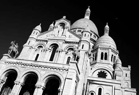 The Basilica of the Sacred Heart of Jesus of Paris (Sacre-C?ur Basilica, Basilique du Sacre-C?ur). Paris, France. photo
