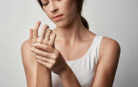 womans bandaged head injury health problem medicine Reklamní fotografie