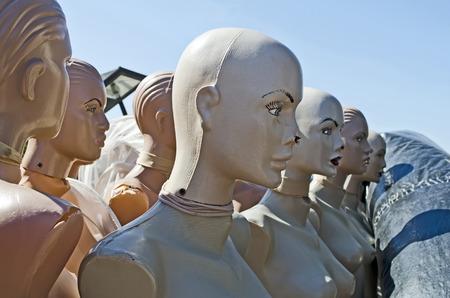 cabeza femenina: Maniqu�es - hermosa cabeza femenina de cerca Foto de archivo