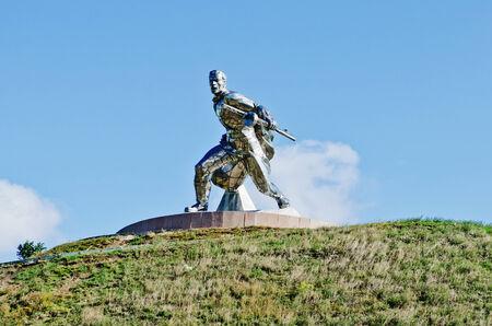 the liberator: Monumento al soldato liberatore in Ucraina
