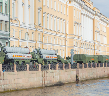 러시아, 상트 페테르부르크, 7 월 2017, 승리 퍼레이드 리허설 - 로켓 단지 300