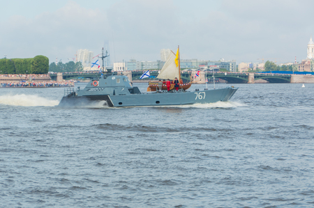 Russia, Saint-Petersburg, July 30, 2017 - feast of the Navy, the artists and the boat of Tsar Peter the first.