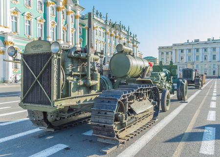 러시아, 상트 페테르부르크, 2017 년 8 월 10 일 - 트랙터 두 번째 세계 대전 중.