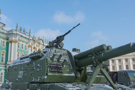 タンク上の大口径機関銃