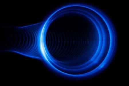 sonido: Las ondas de sonido en el color azul visible en la oscuridad