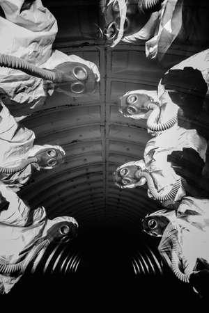 Fantômes dans le tunnel sombre de la centrale nucléaire Banque d'images