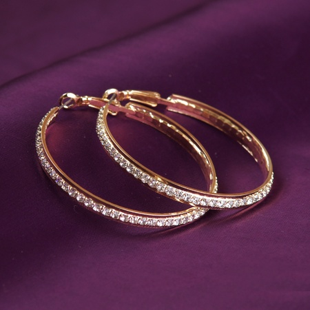 golden earrings Stock Photo - 15758232