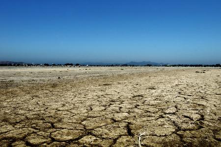 sequias: Desierto seco. tierra de sequ�a