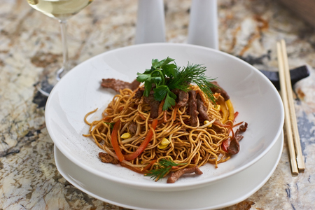 Thin noodles with beef slices