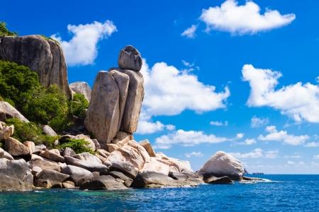 koh: Hermoso paisaje tropical de piedra costa de la isla la isla de Koh Tao, Reino de Tailandia Foto de archivo