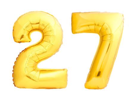 Número de oro 27 veintisiete hecho de globo inflable aislado sobre fondo blanco Foto de archivo - 88636474