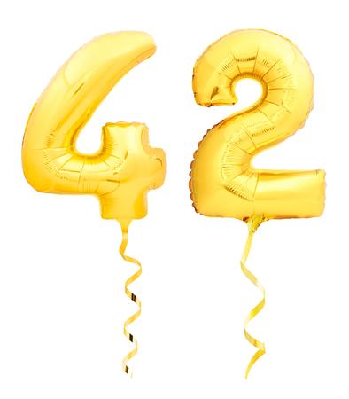 황금 번호 42 42 흰색 배경에 고립 된 황금 리본 풍선 풍선의 만든 스톡 콘텐츠
