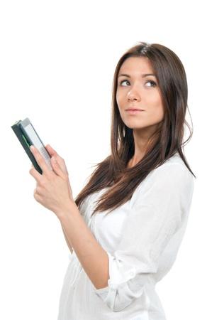 Zakenvrouw het lezen van e-book-apparaat en op zoek geà ¯ soleerd op een witte achtergrond Stockfoto