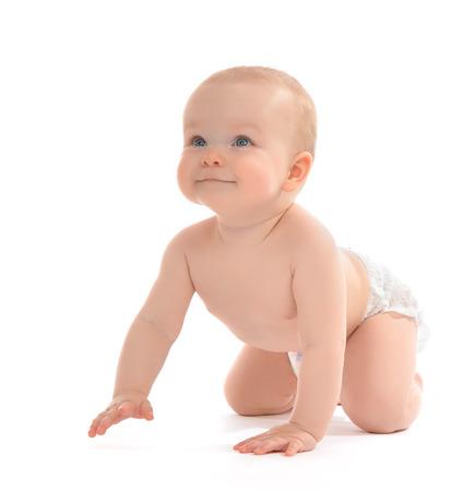乳児育児赤ちゃん幼児座ったり、白い背景に満足して笑顔をクロール 写真素材