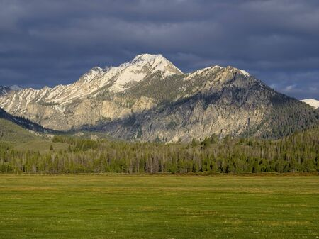 sawtooth national forest: Parks Peak