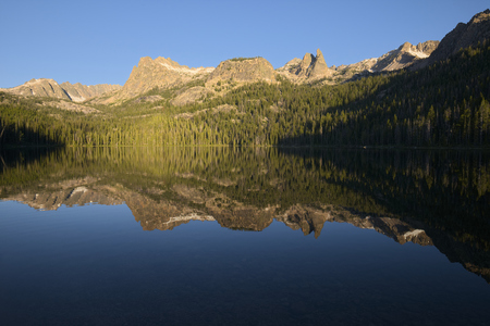 sawtooth national forest: Hell Roaring Lake