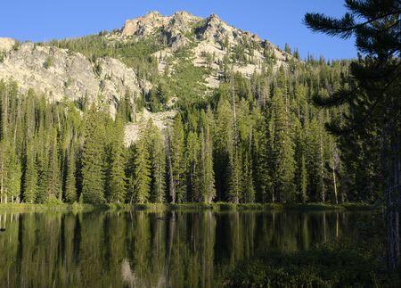 Third Bench Lake Фото со стока