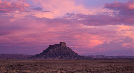 Factory Butte at Sunrise Фото со стока - 65450442