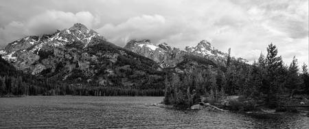 Taggart Lake Фото со стока - 80584402