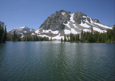 Iron Bog Lake Фото со стока - 81918423