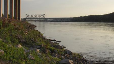 Bridge in the distance Imagens