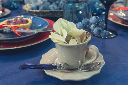 Luxurious linens in the blame for the wedding table