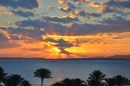 Hermosa puesta de sol en egipto Foto de archivo - 99796694