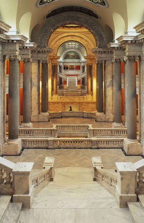 Interior view of the Kentucky State Capital building 版權商用圖片