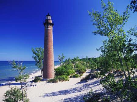 lake michigan lighthouse: Sable poco Faro, construido en 1874. Localizado a 10 millas al sur de Pentwater de Michigan, en el Lago Michigan