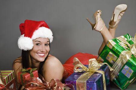 Een mooie blanke vrouw in sexy lingerie Santa. Stockfoto