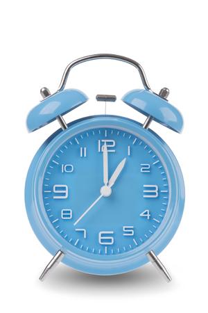 Blauwe wekker met de handen om 1 uur of uur geïsoleerd op een witte achtergrond, één van een reeks van 12 beelden die de top van het uur te beginnen met 1:00  pm en het doorlopen van alle 12 uur Stockfoto