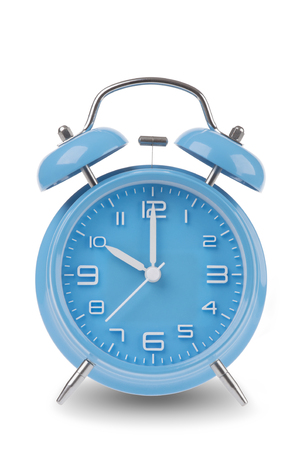 10 または白地に分離した時に手でブルーの目覚まし時計、1 から始まる時間の上部を示す 12 の画像のセットの 1 つの午前午後と 12 のすべての時間を