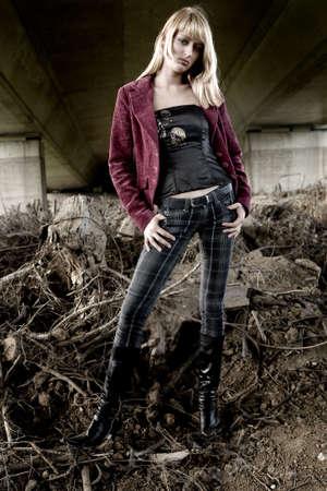 fashion shoot: Standing fashion shoot of Paris Hilton look-a-like
