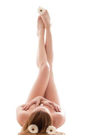 ni�a desnuda: Mujer joven belleza en un ambiente relajante