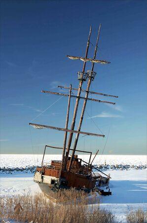 ungeliebt: Ein gefroren, und verrosteten Schiffswrack in Kanada