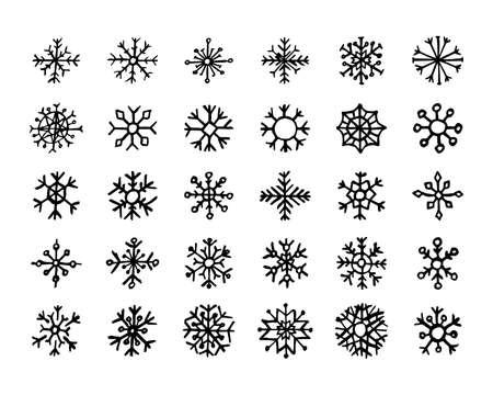 Ręcznie rysowane płatki śniegu na białym tle. Zestaw trzydziestu ciemnych płatków śniegu. Boże Narodzenie i nowy rok elementy dekoracji. Ilustracja wektorowa.