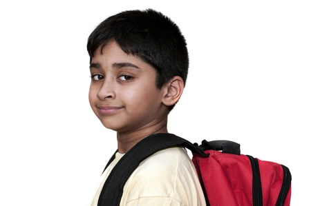 ir al colegio: Un ni�o indio guapo preparado para volver a la escuela Foto de archivo