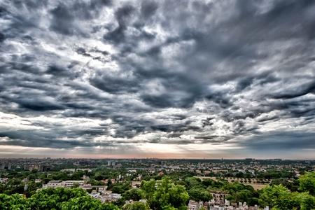 over packed: Una asi�tica ciudad moderna muy densamente poblada