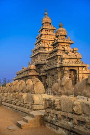 stricture: Shiva temple on the shore of bay of bengal built by the pallava kings Stock Photo