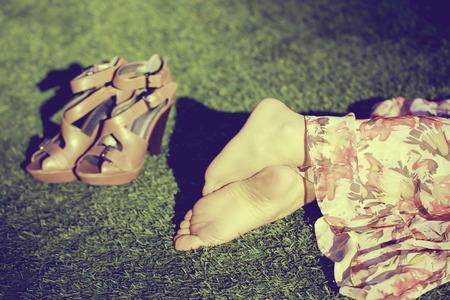 여자 발 근접 촬영 초상화 스톡 콘텐츠