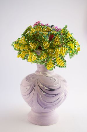 basket embroidery: vase with beads