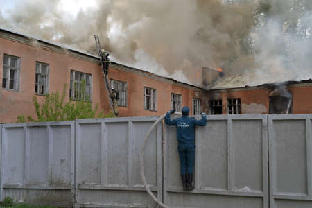 turnouts: Fire on the territory of a military unit in the city of Novosibirsk