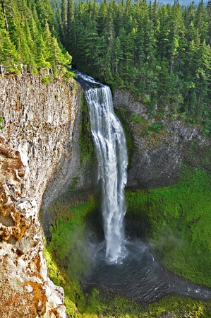 Located six miles south of Willamette Pass, at sixty wide and 286 feet tall Salt Creek Falls is the second tallest waterfall in Oregon.