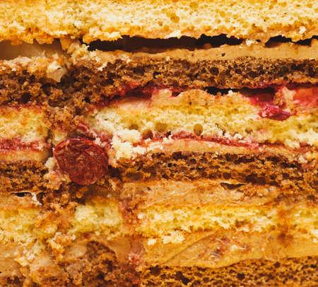 impregnated: dolce da dessert. Sezione tessitura di pezzi torta. sfondi alimentari