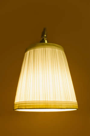 lampekap: licht van oude lampenkap