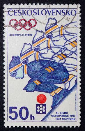 deportes olimpicos: Sello Checoslovaquia celebrando los Juegos Olímpicos de 1972 en Sapporo, Japón