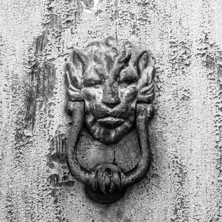 appalling: Knocker lion head Stock Photo